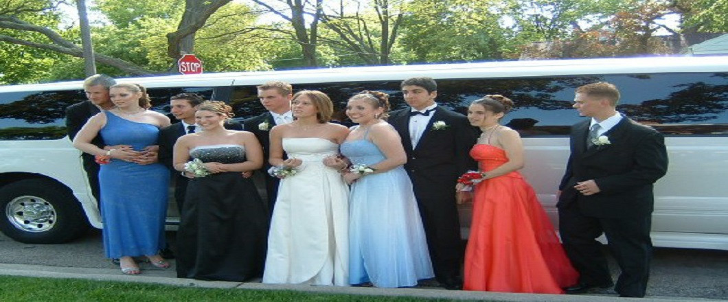 Book Your Prom Limo Today!